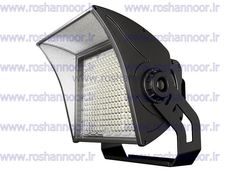 قیمت لامپ ال ای دی 500 وات با توجه به نوع چیپ، درایور و کیفیت آن تفاوت دارد و با هم مقایسه می شود. نوع ورق و آلیاژ استفاده شده در تولید پروژکتور ال ای دی 500 وات نیز بر روی قیمت آن تاثیر گذار می باشد.