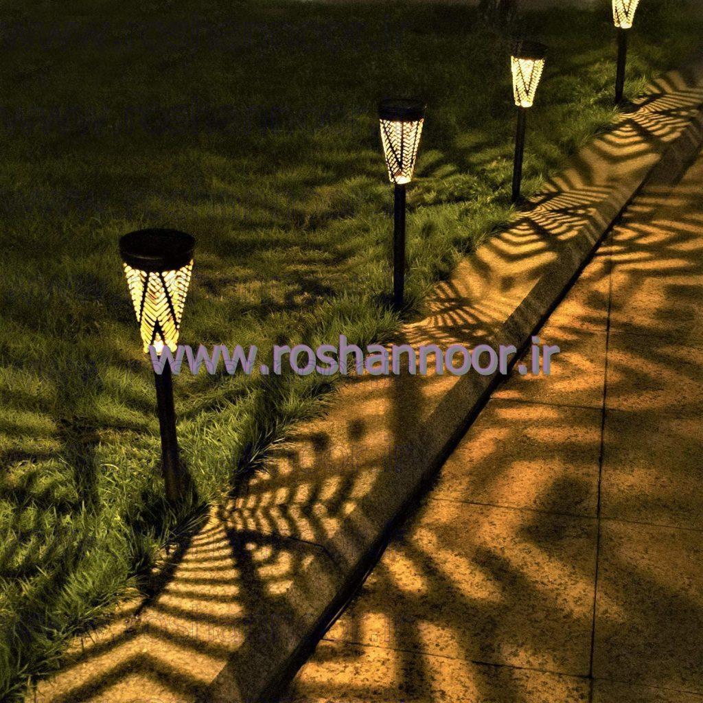 چراغ  سولار خیابانی و مدل چراغ سولار دیوارکوب دارای بیشترین میزان زاویه پخش نور هستند تا نور آنها تمام محیط اطراف را روشن کند. چراغ خورشیدی باغی و باغچه ای عرضه شده در بازار تهران، به منظور کاربرد تزئینی مورد استفاده قرار گرفته و از شدت نور بسیار خوبی برخوردار است.