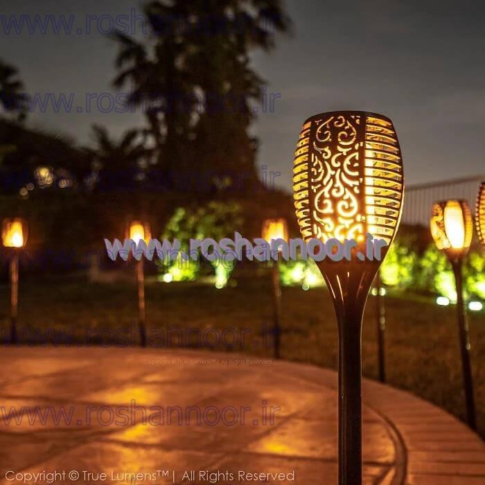 لامپ خورشیدی دارای مدل های مختلفی است که برای تمامی مصارف و کاربردها مورد استفاده قرار می گیرد. در مورد ویژگی های قابل توجه چراغ خورشیدی پارکی و انواع چراغ باغچه ای سولار میتوان گفت، نیازی به برق و سیم کشی نداشته و کارکرد اتوماتیک برای روشن خاموش شدن دارند.