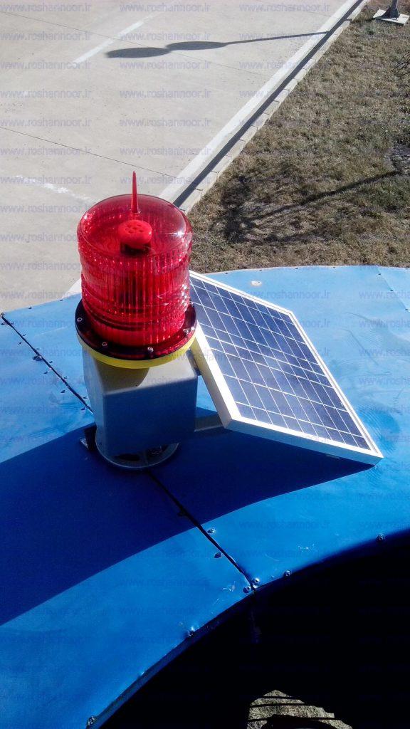 از مزایای چراغ دکل خورشیدی تولید شده در این مجموعه می توان به پوشش کامل ۳۶۰ درجه اشاره داشت که تمام محیط اطراف را روشن می کند.