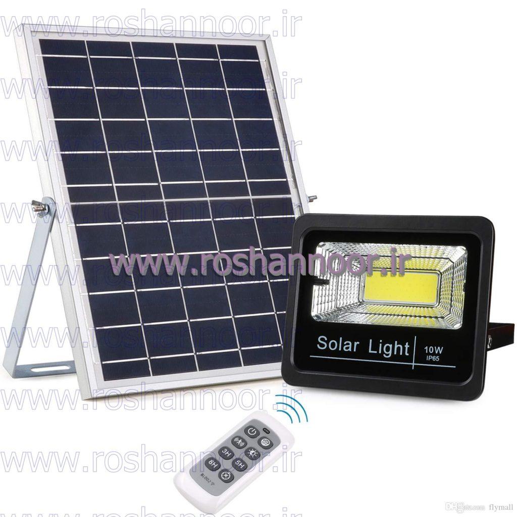چراغ های سولار دار خورشیدی با توجه به مدل آن، دارای سنسورهای مختلفی هستند که قابلیت ها و راندمان چراغ را افزایش داده و برای ذخیره انرژی مناسب می باشند.